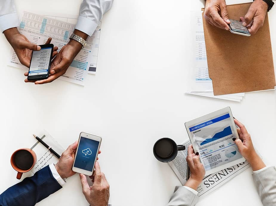 jornal-min Pré-venda: por que você deveria implantar na sua empresa - Processo de Vendas